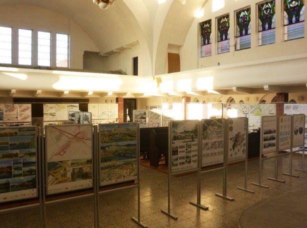 Výstava súťažných návrh Trenčín - mesto na rieke v synagóge